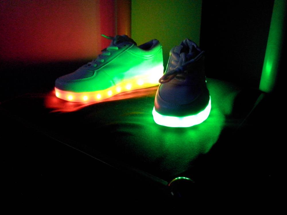 svítící boty dětské, svítící boty pánské, svítící boty cena, svítící boty dámské,