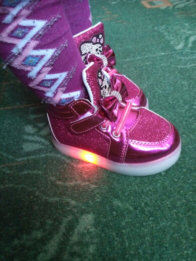 svítící boty pro děti, svítící boty glace, svítící boty led, led svítící boty levně,