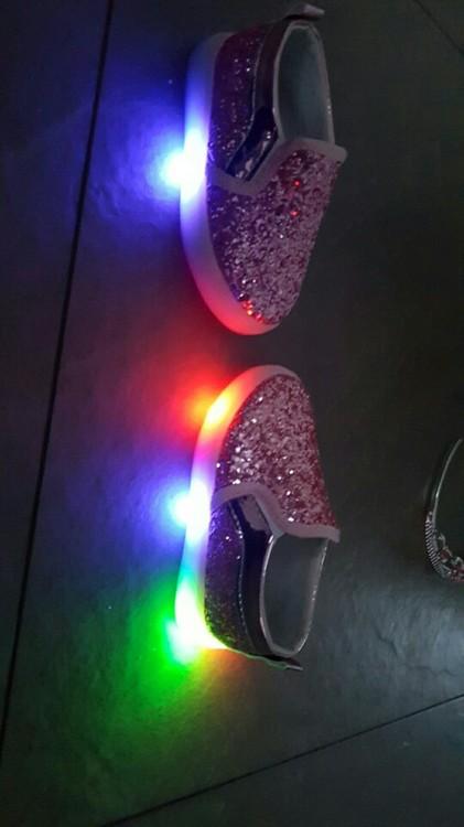 svítící boty, svítící boty dívčí, svítící boty pro děti, svítící boty glace, svítící boty led,