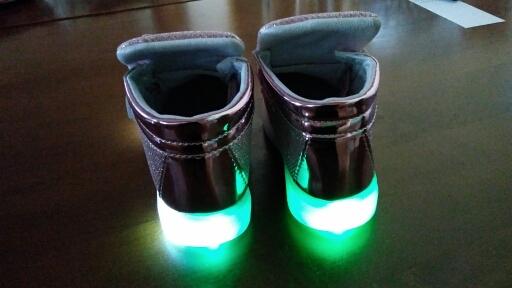 led svítící boty levně, led svítící boty, svítící boty mickey mouse,