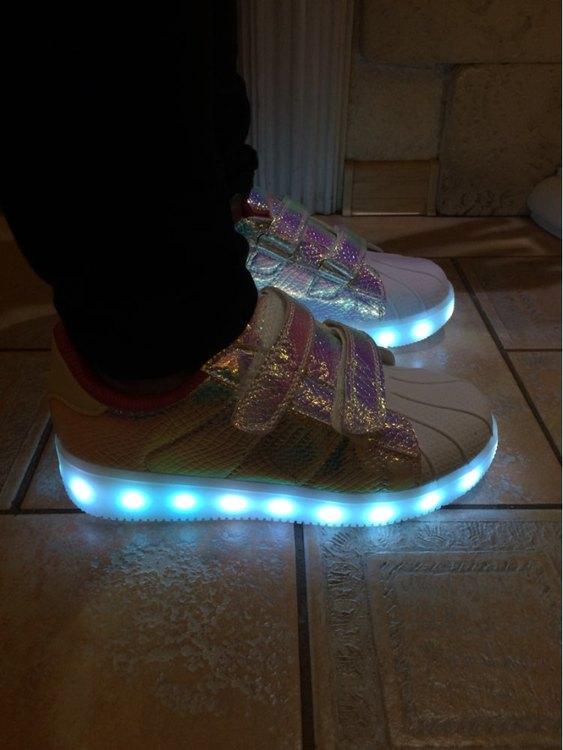 led boty detske, boty na led, klipy s led na boty, svítící boty dětské, svítící boty pánské,