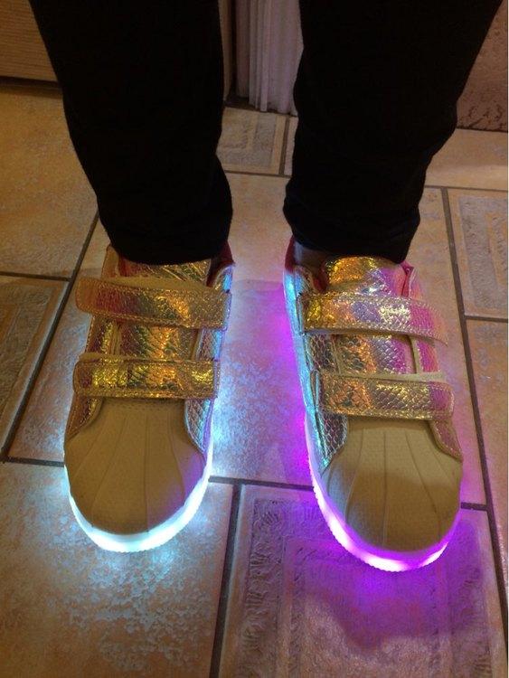 svítící boty cena, svítící boty dámské, svítící boty levně, svítící boty,