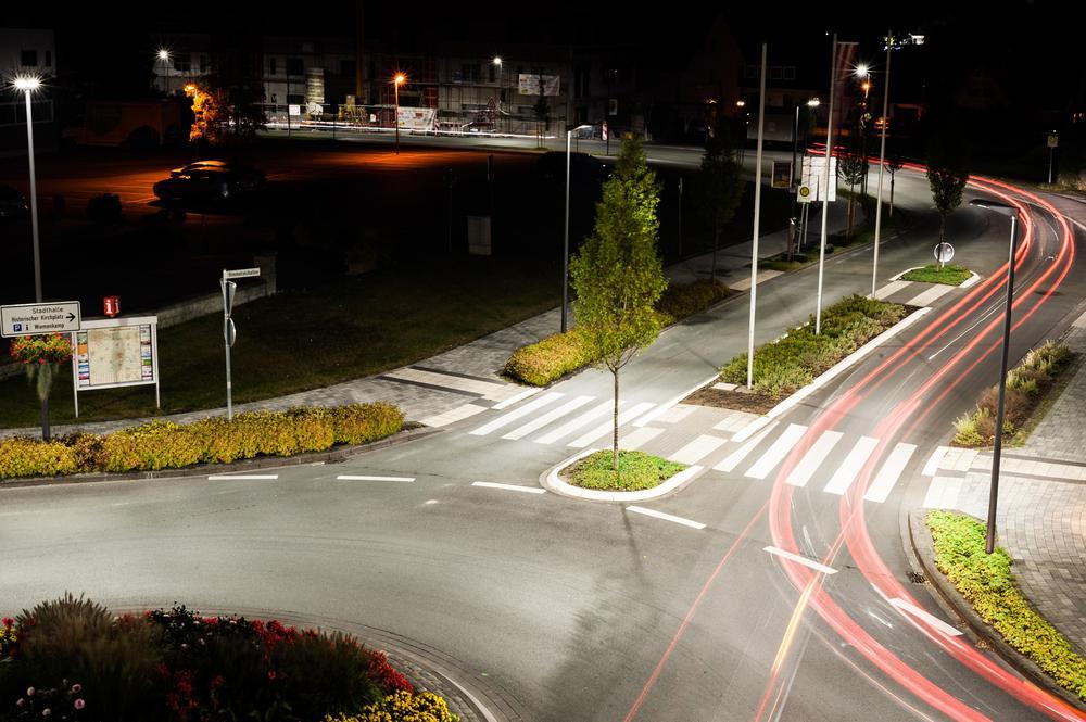 roadway lighting × led street lighting fixtures × led street lighting projects × street lighting > innovative LED streetlighting