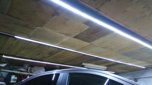 Освещение гаража светодиодной лентой«SMD 5054»